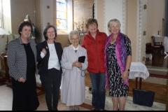 Former teachers and pupils (including Sr. Elizabeth Geale) pg